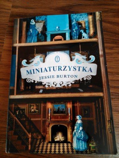 Miniaturzystka Jessie Burton
