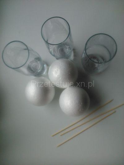 Styropianowe bombki