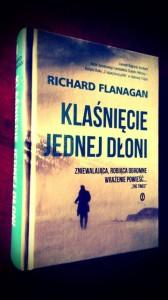 Klaśnięcie jednej dłoni Richard Flanagan.