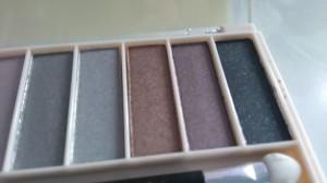 kolory cieni Lovely Nude Make Up Kit