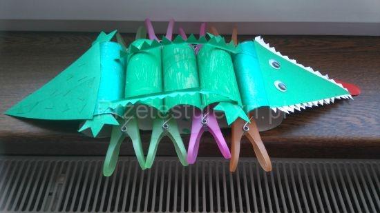 klamerki i krokodyl