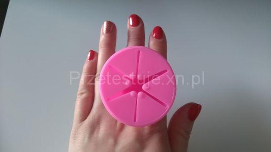 Silikonowy pierścionek uchwyt do lakierów 1