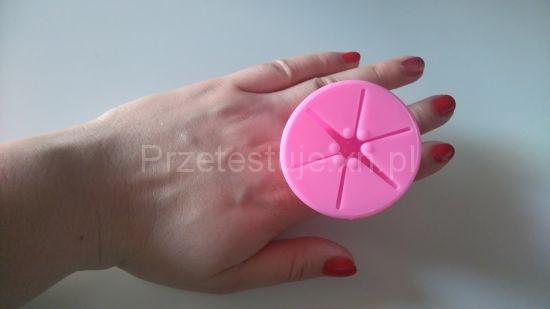 Silikonowy pierścionek uchwyt do lakierów 3
