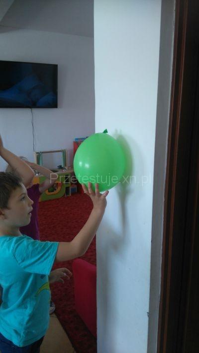 balon i ściana