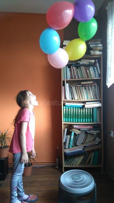 eksperyment fruwające balony