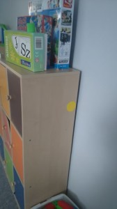 Kropki na szafkach