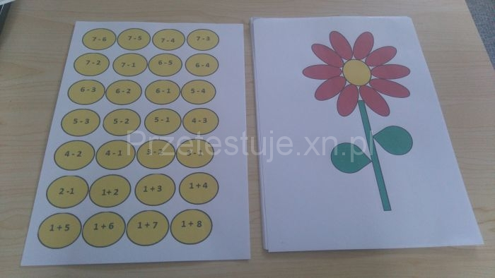 matematyczne kwiatki na papierze