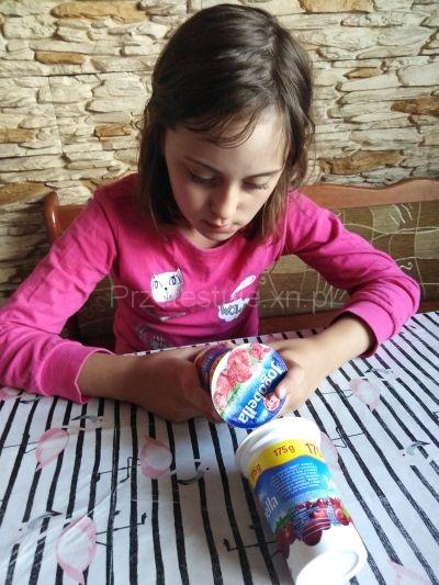 Nadia i jogurt